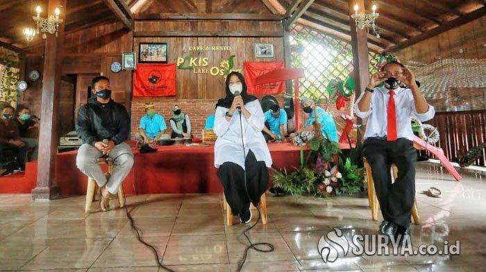 Diskusi Pelaku Wisata Songgon, Ipuk Fiestiandani Beber Lima Program untuk Pokdarwis