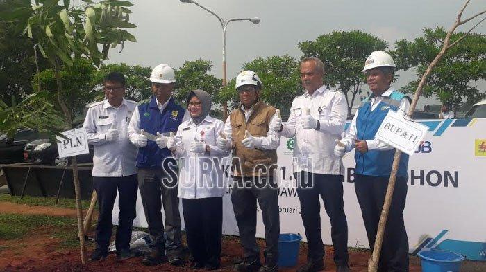 PLN Grup Jawa Bagian Timur Sedekah Oksigen, Tanam 1.000 Pohon Penghijauan