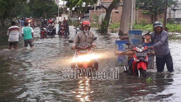Banjir Picu Penyakit Leptospirosis. Waspadai Gejalanya