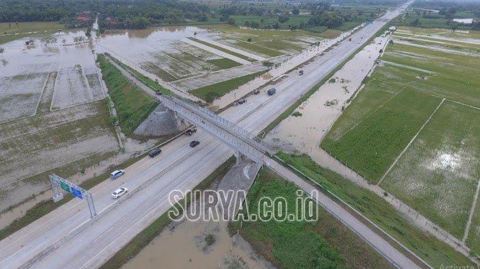 Pasca Banjir di Ruas Tol Kertosono-Ngawi, PT JNK Siap Desain Ulang Saluran Air