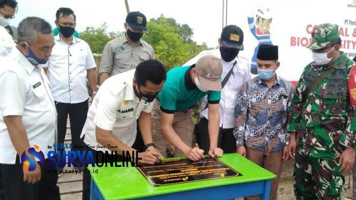 Pertamina EP Resmikan CSR Jembatan Kawasan Konservasi Mangrove Bangkalan