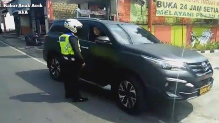Jenderal Bintang 2 Inilah yang Perintahkan Fortuner Berpelat Dinas Polisi Ugal-ugalan Dirazia
