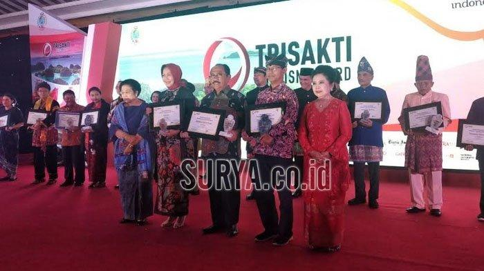 Sukses Kembangkan Pariwisata, Kabupaten Banyuwangi Raih Trisakti Tourism Award