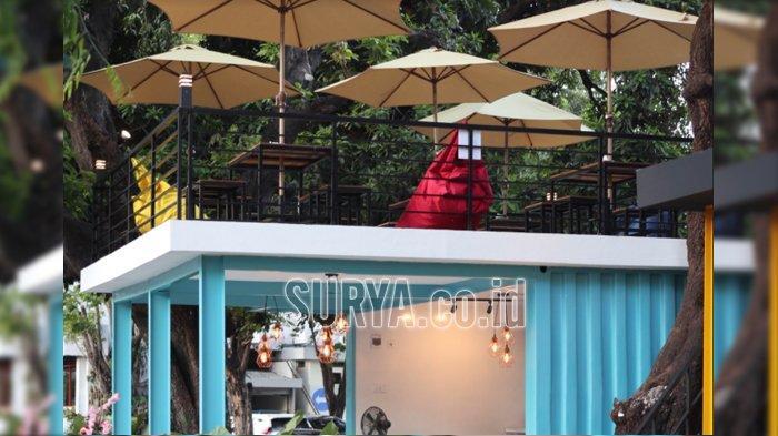 Kafe Tengah Kota, Sensasi Nongkrong di Kontainer Bertema Industrial Nan Instagramable