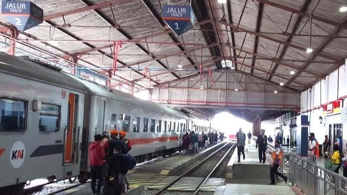PT KAI Daop 7 mulai Buka Layanan Tiket Kereta Jarak Jauh Libur Natal dan Tahun Baru