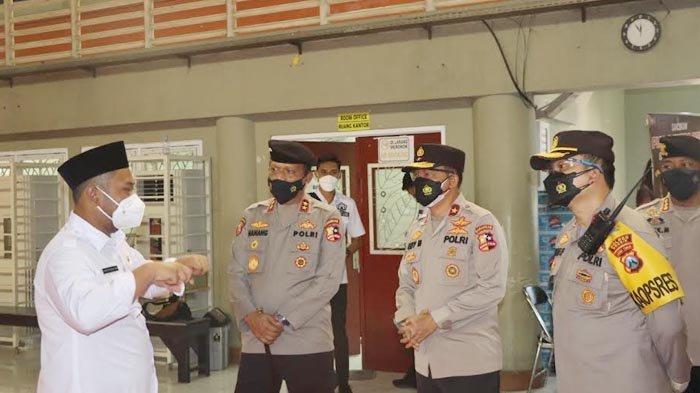 Kakor Sabhara Polri Apresiasi Kesiapan Penanganan Covid-19 PPKM Darurat di Kabupaten Gresik