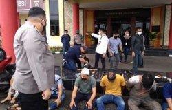 Kampung Narkoba Digerebek Polisi  Diteriaki Maling, 4 Wanita Turut Jadi Pengedar