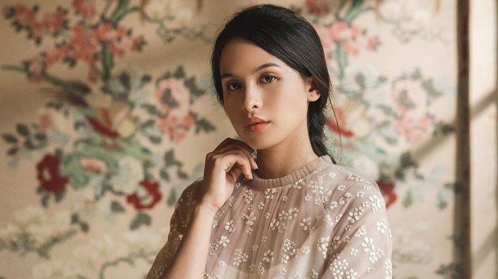Maudy Ayunda nyanyikan OST Habibie dan Ainun 3, Kamu dan Kenangan