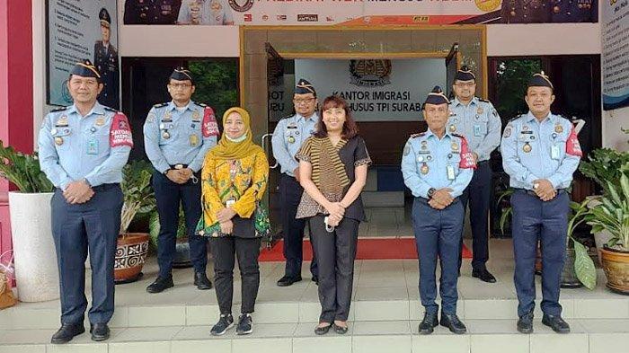 Kanim Surabaya Unggulkan Inovasi Si Juara di Hadapan Tim Penilai Nasional KemenPAN-RB