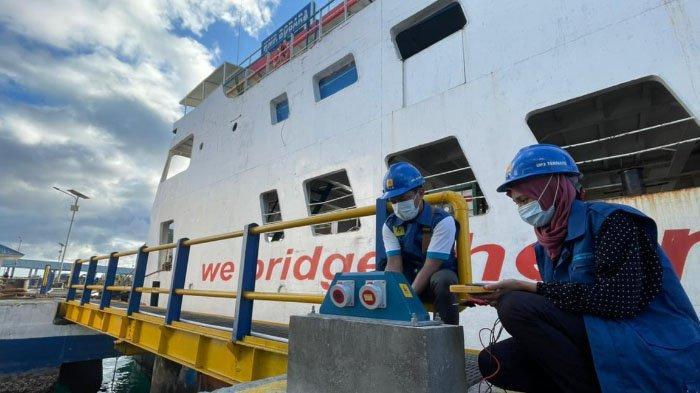 Beralih dari BBM ke Listrik PLN, ASDP: Kapal Ferry Lebih Efisien & Tak Bising saat Sandar