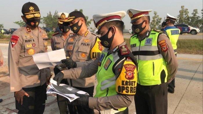 Penyebab Kecelakaan Maut di Tol Cipali Jawa Barat yang Renggut 8 Orang Tewas