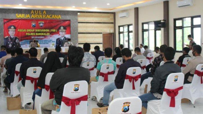 Jelang Malam Tahun Baru, Kapolres Bangkalan Madura Ajak Diskusi Kaum MilenialLintas Komunitas