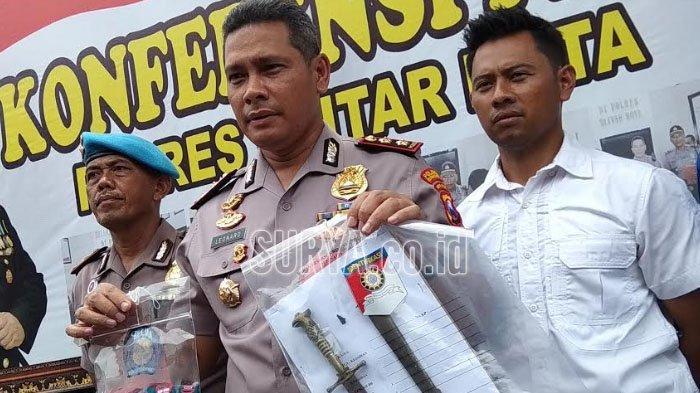 Polisi Blitar Tangkap Remaja Bawa Sajam saat Laga Semifinal Piala Gubernur Jatim 2020