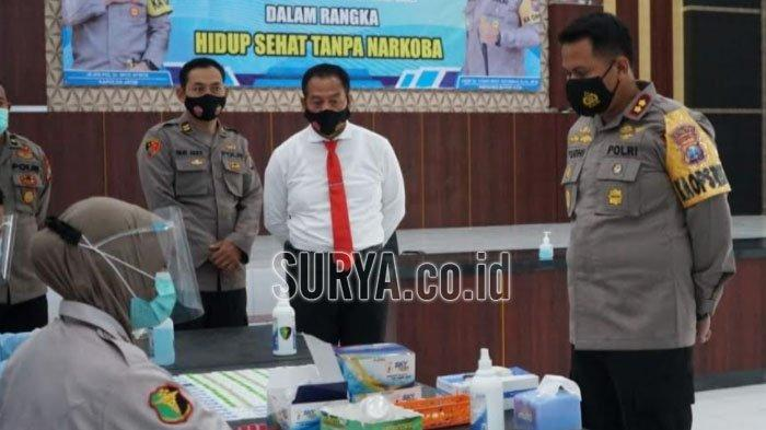 Cegah Penyalahgunaan Narkoba, 127 Personil Polres Blitar Kota Jalani Tes Urine