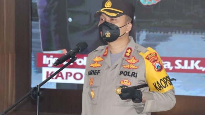 Pesan Kapolres AKBP Arief Fitrianto saat Pimpin Sertijab 8 Periwa di Lingkungan Polres Gresik