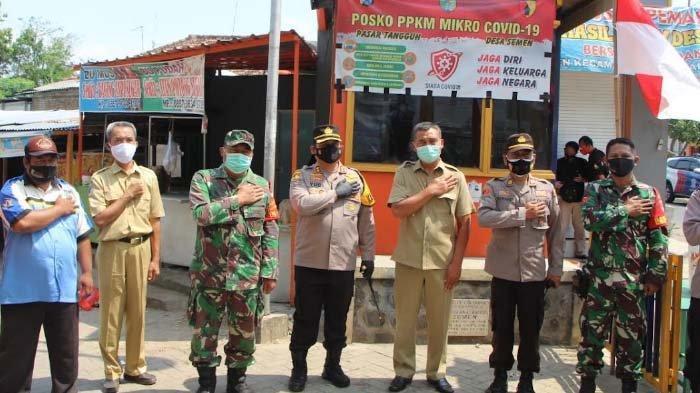Kapolres Kediri Kota Kunjungi Posko PPKM Mikro Pasar Semen