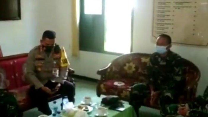 Kapolres Malang Kota Kombes Pol Leonardus Simarmata saat meminta maaf ke kolonel yang jadi korban salah sasaran.