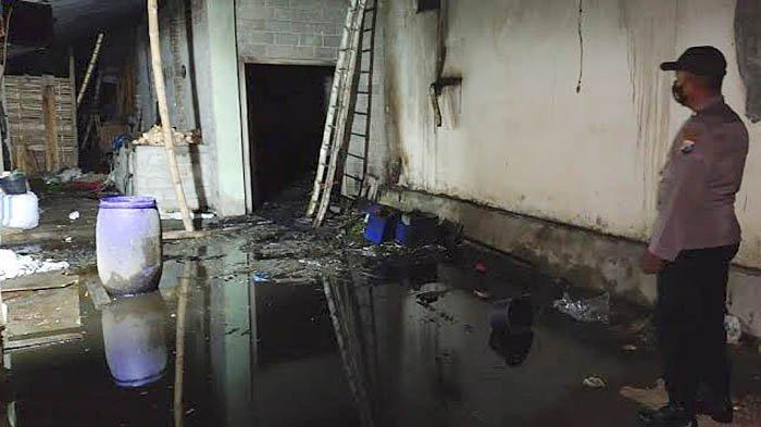 Pabrik Kerupuk di Ngancar Kediri Terbakar, Pemilik Tak Sadar Wajan Bocor