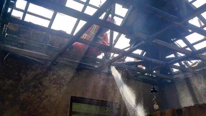 Gara-gara Obat Nyamuk, Rumah Warga Tuban Dilalap Api