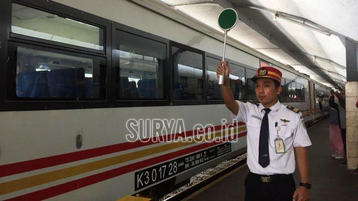 Jelang Libur Natal dan Tahun Baru, Tiket KA Rute Malang-Jakarta Nyaris Sold Out