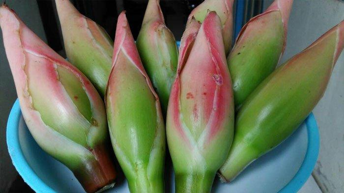 Kuliner Surabaya - Mencoba Resep Sup Kikil dan Ayam Kecombrang Ala Ayola La Lisa Hotel
