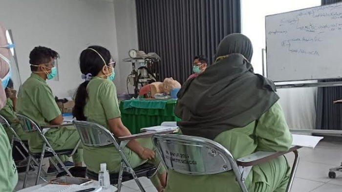 Dokter Muda 2 Fakultas Kedokteran Universitas Airlangga Kembali Pembelajaran di Rumah Sakit