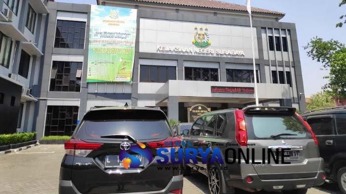 Kejari Surabaya Terima SPDP Kasus 3 Oknum Polisi yang Diduga Pakai Sabu