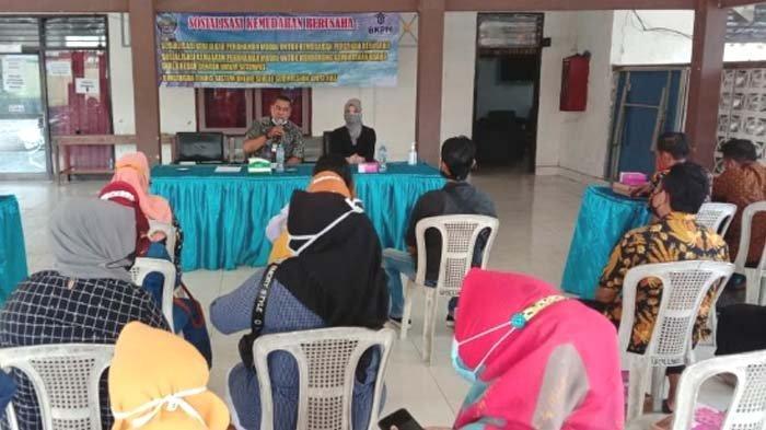 Blusukan ke Kecamatan-kecamatan, Pemkab Bangkalan Sosialisasi Kemudahan Penerbitan Izin Pelaku Usaha