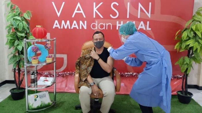 Hari Ketiga Vaksinasi Tahap Dua di Gresik untuk Pegawai Bank higga Anggota Dewan