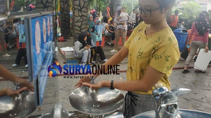 Endang 'Kecele' Keran Air Minum di Taman Bungkul Surabaya Mati, 'di Tenggorokan Rasanya Juga Serik'