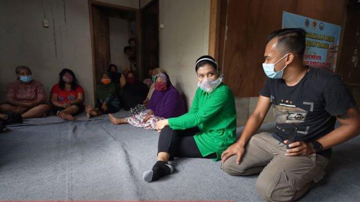 Kerendahan Hati Istri Jenderal Andika Perkasa di Kampung Pemulung, Hetty: Terima Kasih, Alhamdulilah