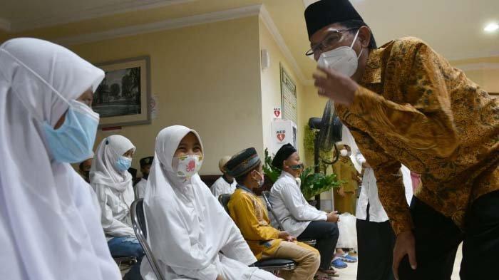 DPRD Surabaya Doakan Para Patriot KRI Nanggala sekaligus Berbagi Berkah bersama Anak Yatim