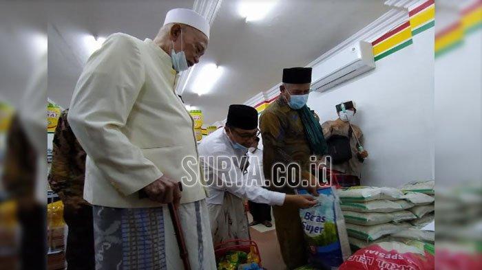 NU Jatim Launching Toko Waralaba Harum Mart, Dilengkapi Vending Machine Produk Sarung