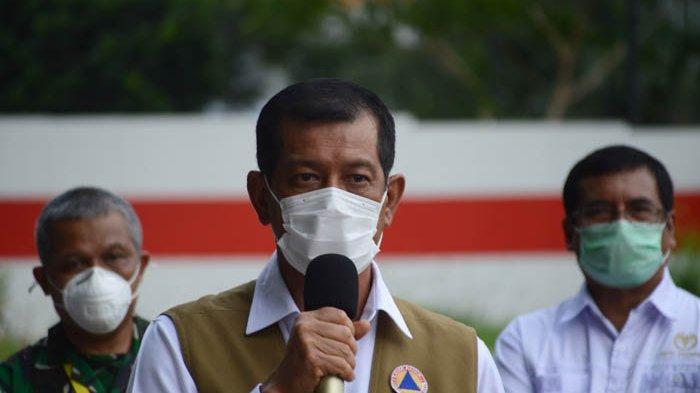 Ketua Satgas Penanganan Covid 19 Letjen TNI Doni Monardo mengingatkan Kepala Daerah melarang kerumunan yang berpotensi langgar protokol kesehatan Covid-19.