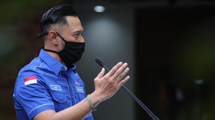 Ketua Umum Partai Demokrat Agus Harimurti Yudhoyono (AHY) menginstruksikan seluruh kader Demokrat merapatkan barisan dan mempertahankan soliditas
