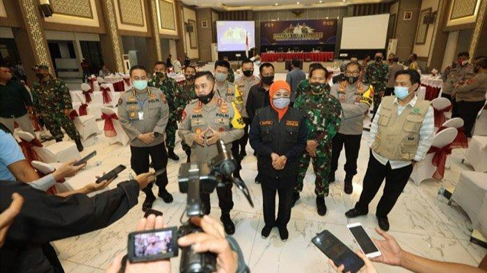 Gubernur Khofifah Pimpin Anev Penanganan Covid-19 Gresik dan Sidoarjo di Mapolda Jatim