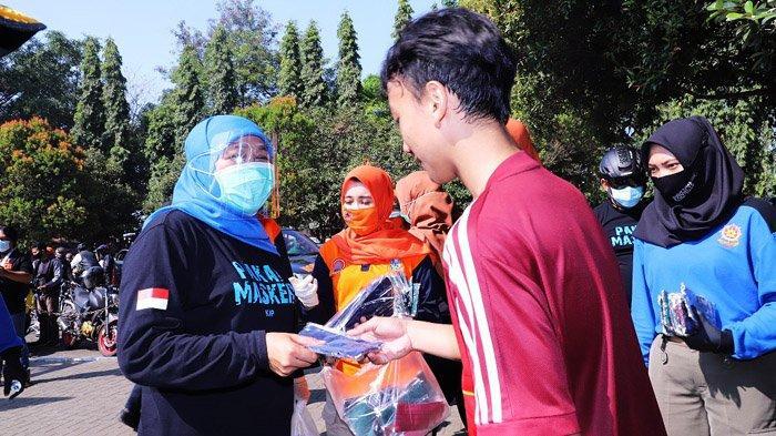 Sambil Gowes, Gubernur Khofifah Ajak Masyarakat Malang Raya Bermasker