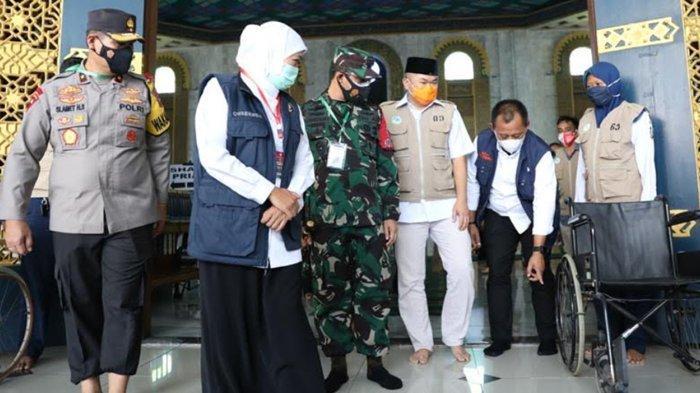 Gubernur Khofifah Tinjau Kesiapan Masjid Al Akbar yang Akan Gelar Salat Eid dengan 6.000 Jamaah