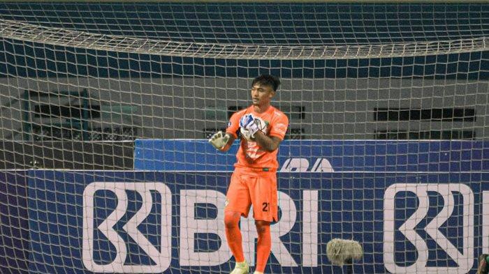 Kiper Muda Persebaya Surabaya Ernando Ari Terima Pesan Penting dari Pelatih