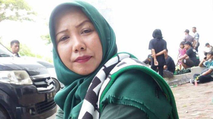 Kisah Bonita Asal Solo Kesengsem Bonek dan Persebaya Surabaya