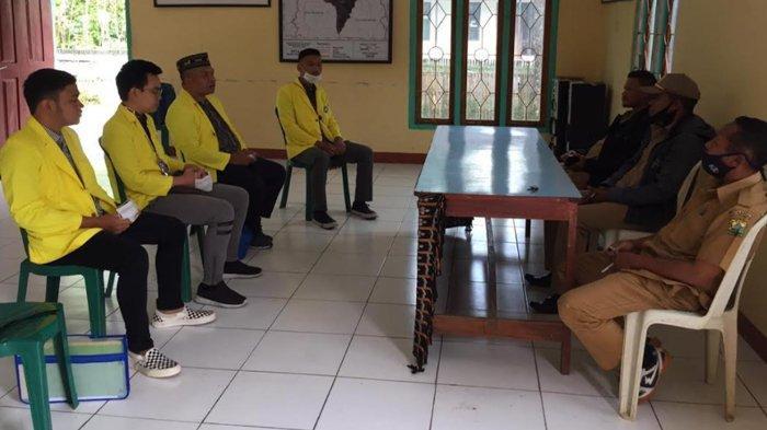 Wujudkan Desa Sadar Hukum, Mahasiswa FH UKDC Dampingi Warga Desa di Manggarai Tengah