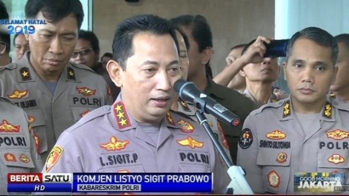 Komjen Listyo Sigit Prabowo yang diprediksi IPW akan Didorong Jadi Wakil Kapolri (Wakapolri). Profil dan biodatanya bisa dilihat di artikel ini