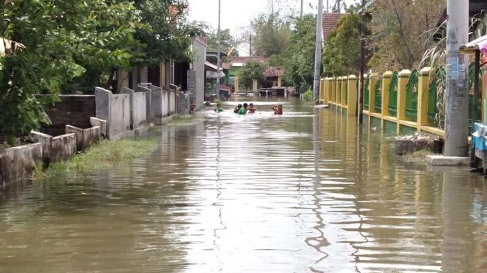 Banjir di Tanggulangin dan Porong Belum Surut Hingga 20 Hari, Ini yang Dilakukan Pemkab Sidoarjo