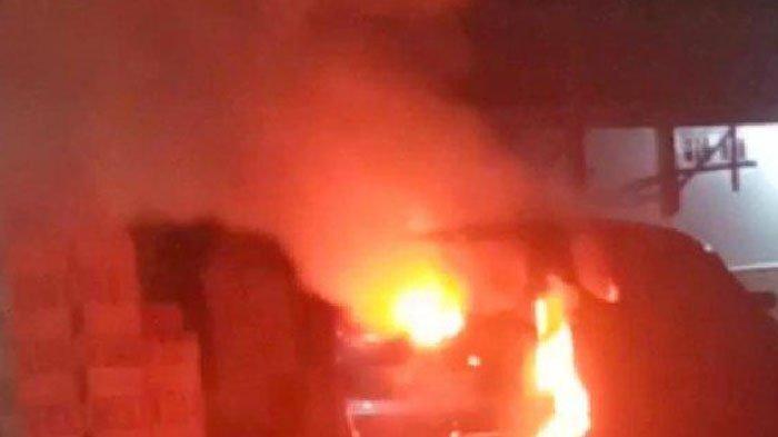 Sosok Yulia, Kerabat Jokowi yang Tewas Terbakar di Dalam Mobil, Terlentang Tangan Terikat, Dibunuh?