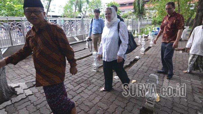 Tak Ada Larangan Non Muslim Berkunjung ke Wisata Ampel