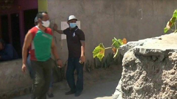 Kerap Terobos Jalan Desa, Truk Kontainer Picu Kerusakan Rumah Warga; Dishub Tuban Janjikan Mediasi - kontainer-ikan-masuk-gang-kampung-tuban-2.jpg