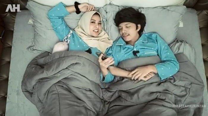 Konten Atta Halilintar dan Aurel Hermansyah menuai komplain warganet