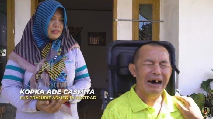 Kopka Ade Casmita menangis haru.