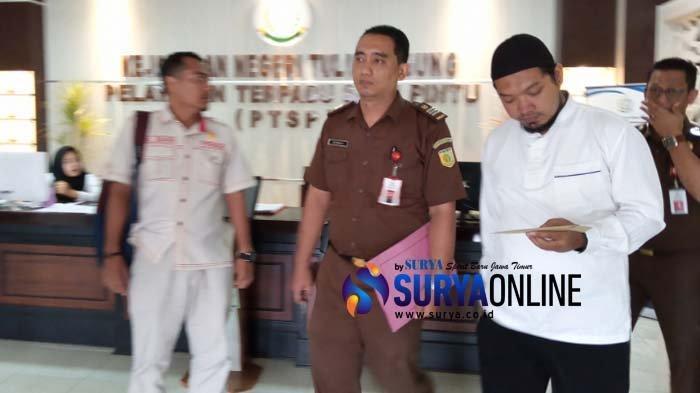 Tersangka Dugaan Korupsi Dana Hibah Dinas Peternakan Jatim 2017 Ditahan Kejari Tulungagung