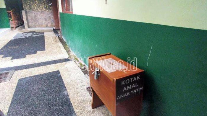 Maling Kotak Amal Masjid di Kota Malang Terekam CCTV, Pelaku Sempat Makan Bakso